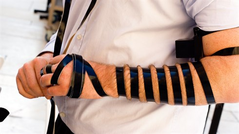 Why do we take off our Tefillin before Mussaf on Rosh Chodesh?