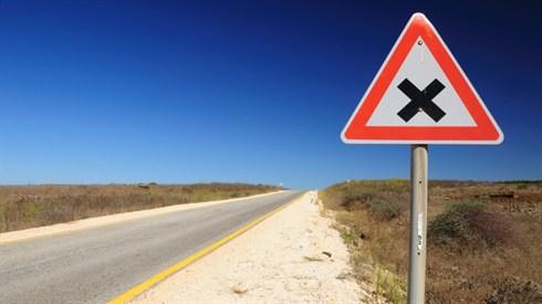 חייבים לציית לחוקי התנועה?