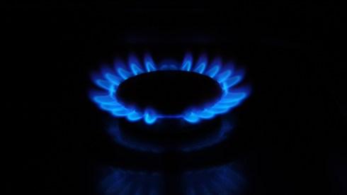 הדלקת נרות שבת בגז
