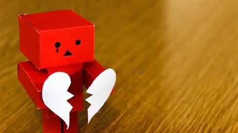 נכון להיות עצוב מדברים רעים?